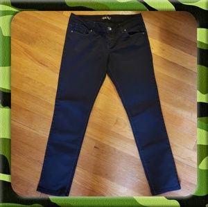 L.e.i Ashley Trouble Skinny Jeans